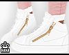 ♚ Kicks