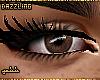 dd. dark brown eyes