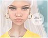 J   Daisy white