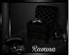 {R} Ev Reading Chair