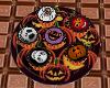 LC} Halloween cupcakes