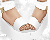G  Sandals+nude nails