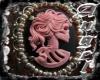 Gothique Cameo Necklace