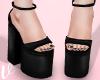 *V Litum Black Heels