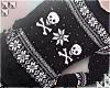 † xmas swtr / skulls