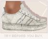x3' Sneaker | Old